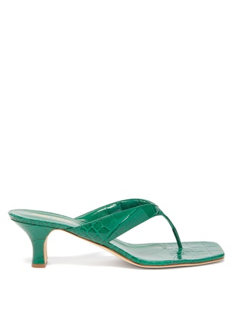 Crocodile-effect leather sandals