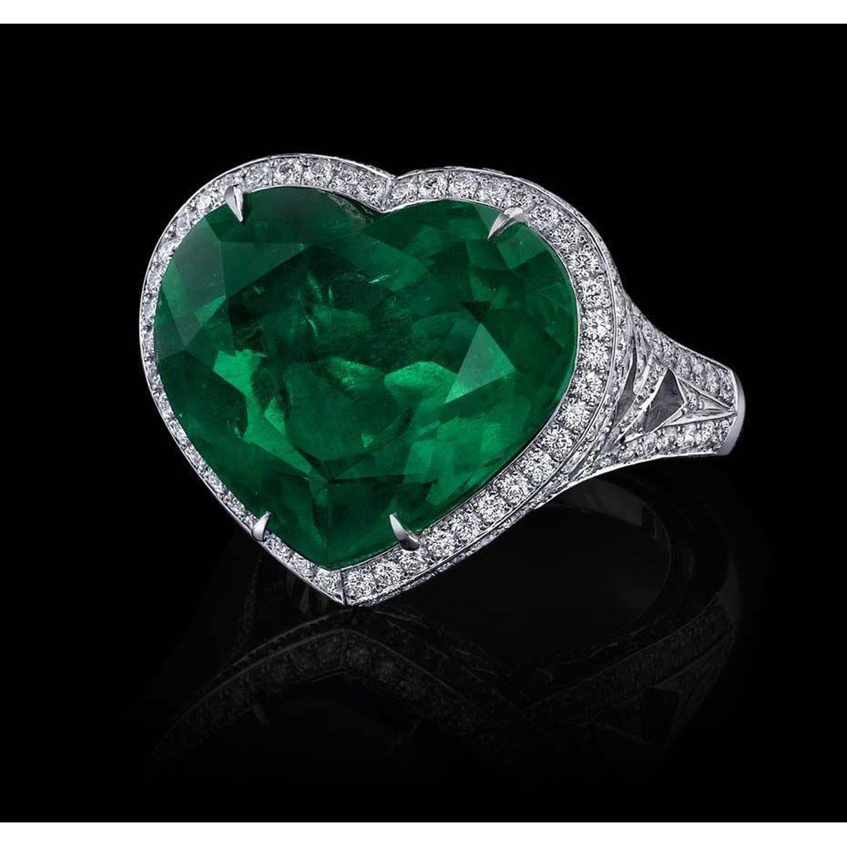 9 Ct Green Heart Cut Emerald And Diamond Wedding Ring White Gold 14K