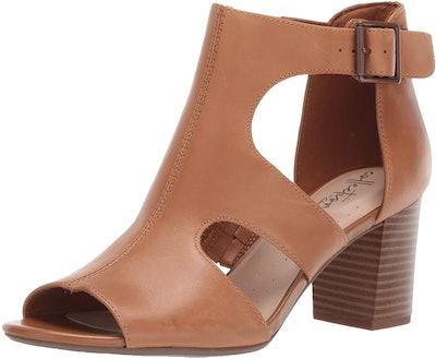 CLARKS Deva Heidi Heeled Sandal