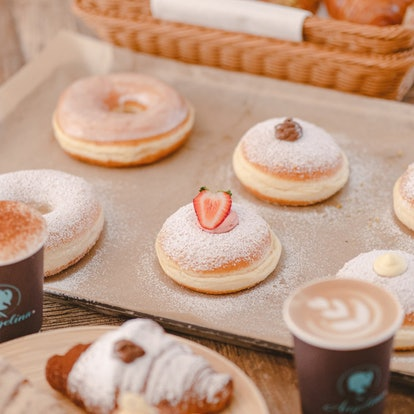 Bomboloni & Croissant Sampler - 8 Pack