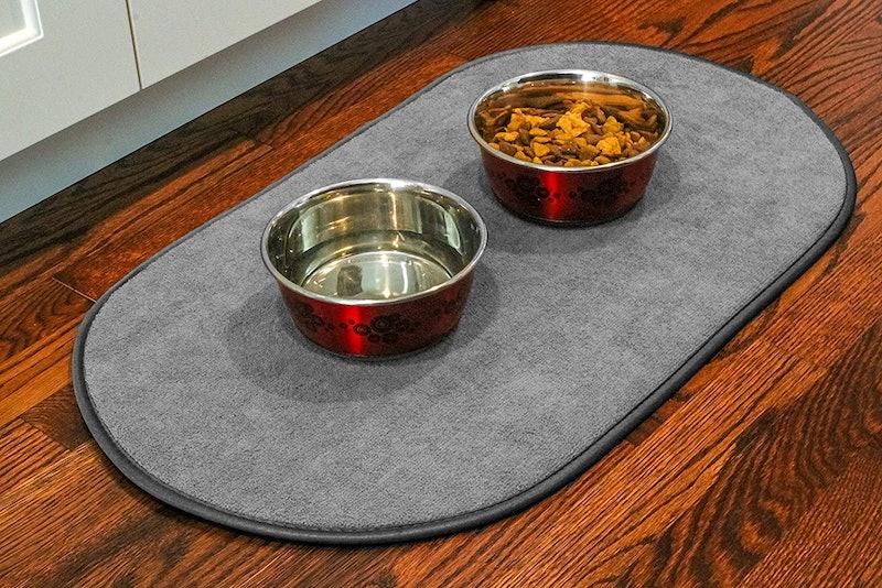 Best Mats For Under Dog Water Bowls