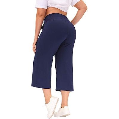 Hanna Nikole Cropped Yoga Pants