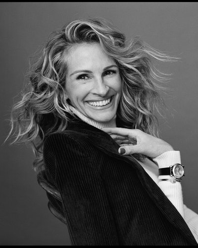 Actor Julia Roberts Chopard's Happy Sport watch, fronting its Happy Diamonds campaign and becoming an ambassador for the Swiss luxury jewelry brand.