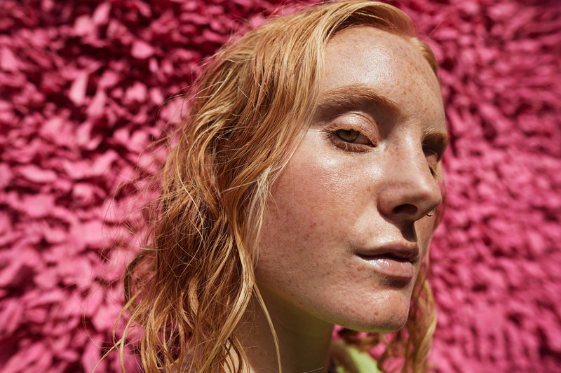 How to get more freckles safely and without putting your skin at risk.