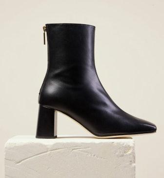 Black Cube Boots
