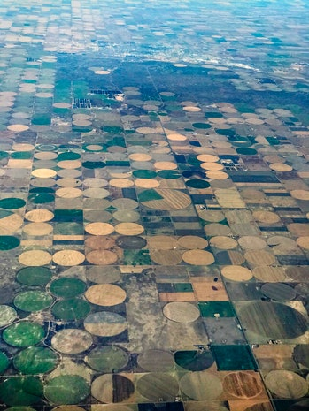 Groundwater irrigates Kansas farmland from Ogallala Aquifer