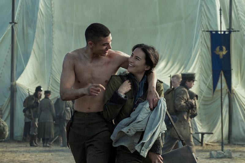 ARCHIE RENAUX as MALYEN ORETSEV and JESSIE MEI LI as ALINA STARKOV of SHADOW AND BONE.