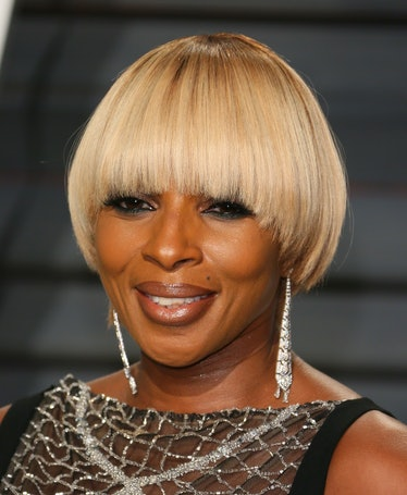 Mary J Blige with a bowl cut