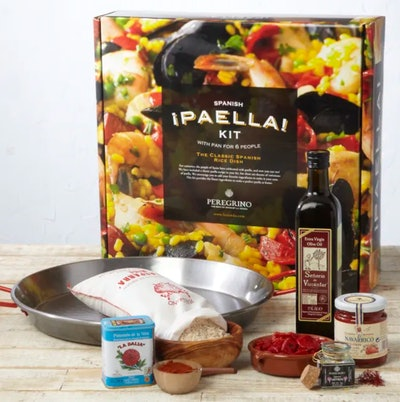 Traditional Paella Kit with Pan by Peregrino