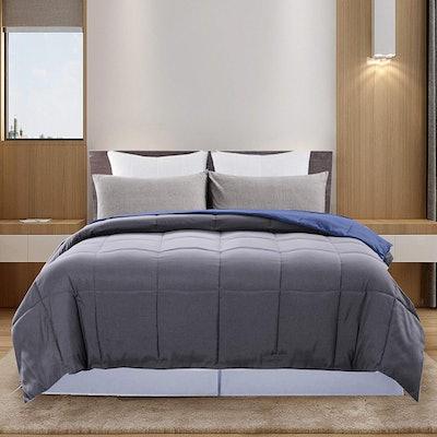 DOWNCOOL Reversible Down Alternative Comforter