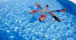 synchronized swimmers all gender heart health