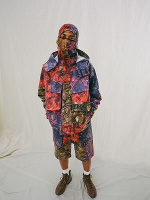 Supreme South2 West8 Collection