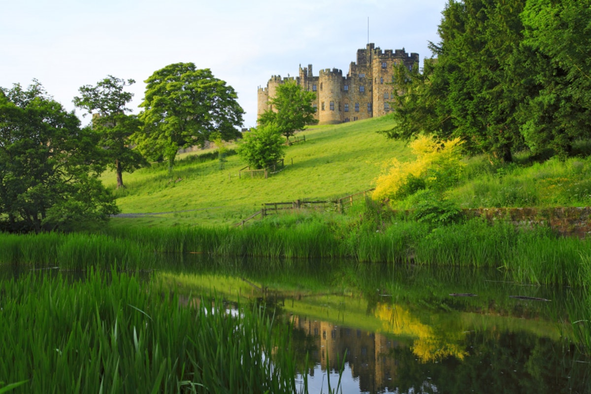 Alnwick Castle sits in the English county of Northumberland and appeared in 'Harry Potter and the So...
