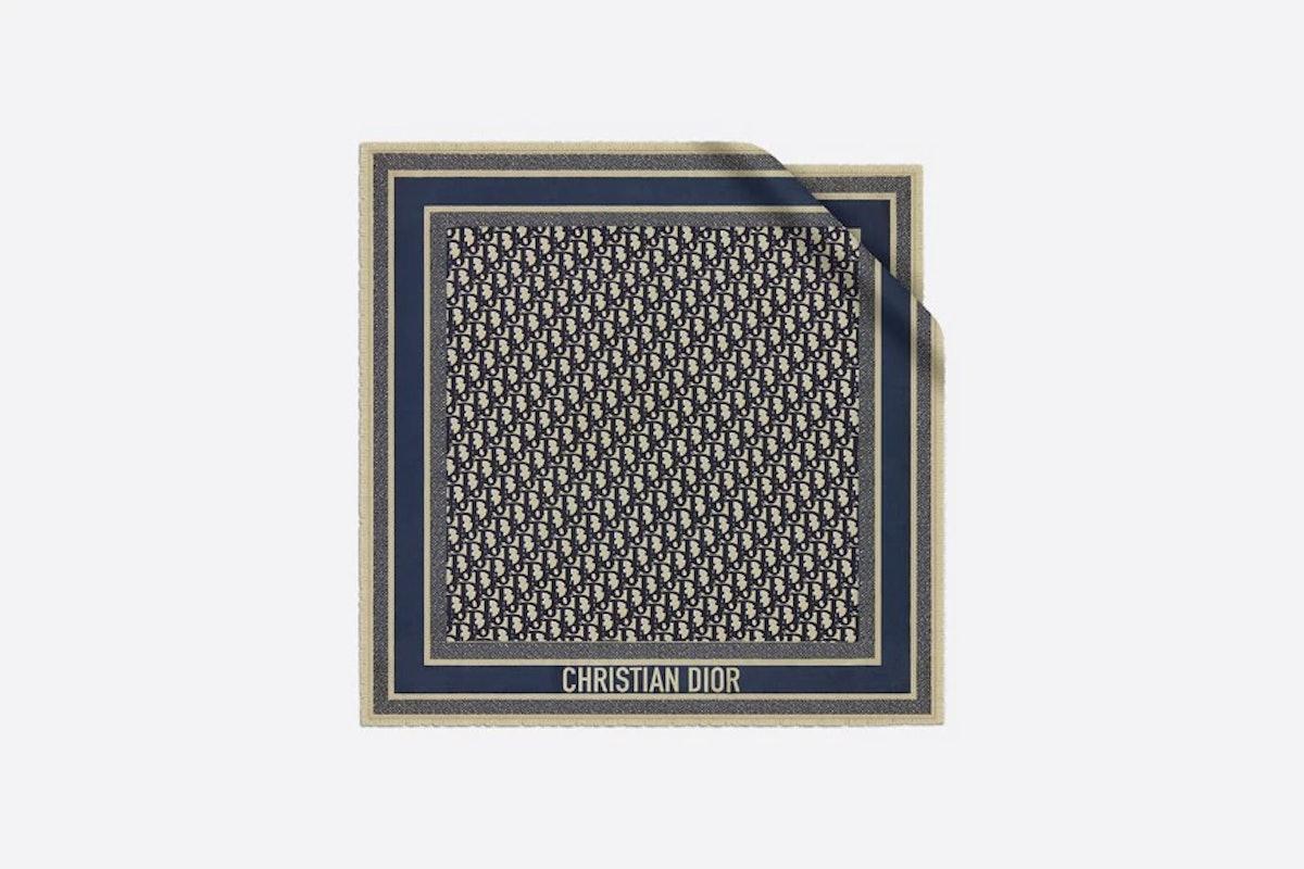Oblique Square Scarf