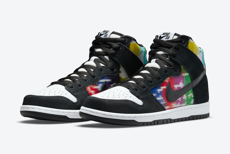"Nike SB ""TV Signal"" Dunk High"