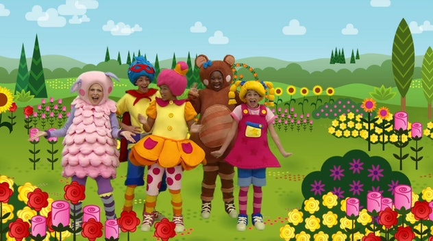 'Mother Goose Club' features actors in colorful costumes in a cartoon setting.