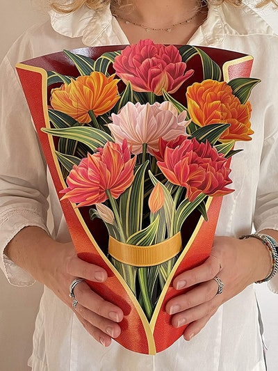 Freshcut Paper Pop-Up Standing Bouquets