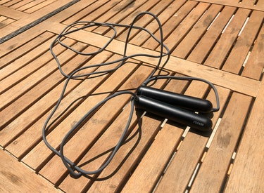 SmartRope Rookie review: the cable measures 3 meters long.