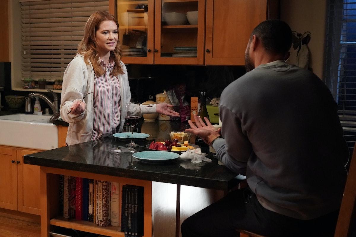 Sarah Drew as April and Jesse Williams as Jackson in Grey's Anatomy Season 17.