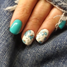 Watercolor nails are the perfect design for your spring manicures.