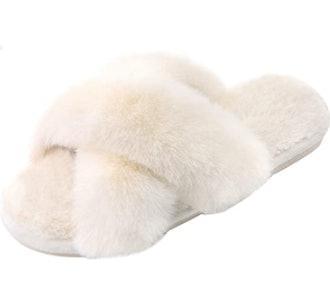 Parlovable Faux Fur Slippers