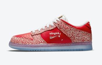 Nike SB x Stingwater 'Magic Mushroom' Dunk Low