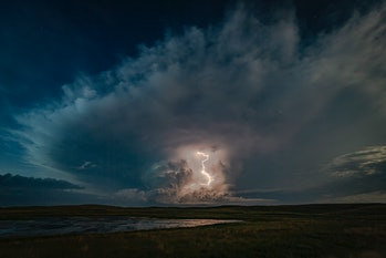 Lightning strikes Great Plains from cloud