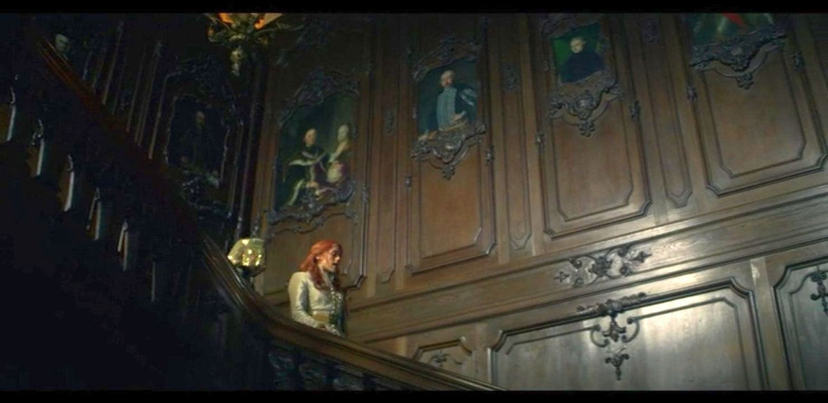 The portraits in the royal palace in Shadow and Bone