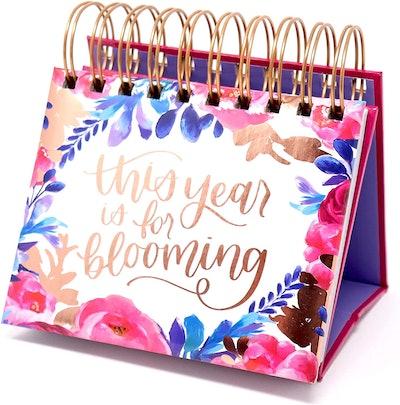 bloom daily planners Undated Desk Calendar