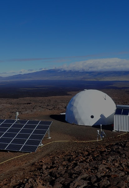 CREWMEMBERS SPEND DAYS TO MONTHS IN THE HI-SEAS MARS/MOON HABITAT ATOP MAUNA LOA.