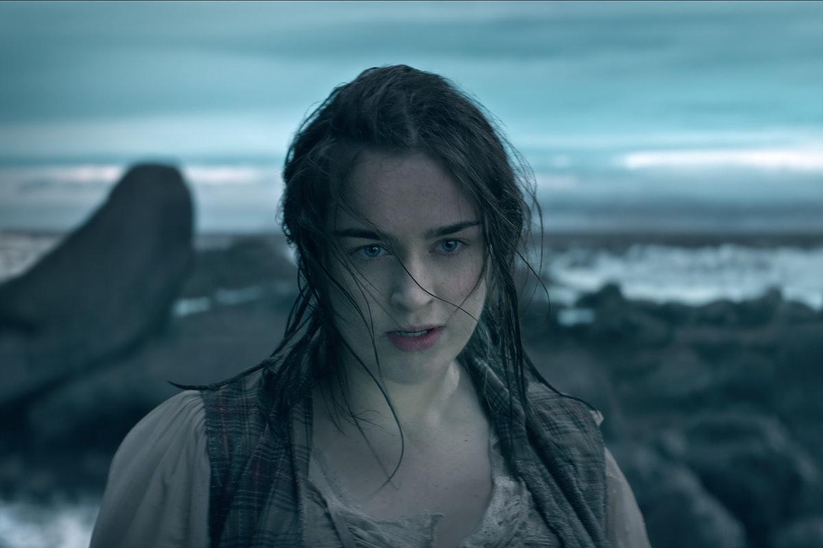Danielle Galligan as Nina Zenik in Shadow and Bone