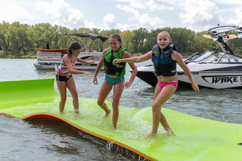 best floating water mats