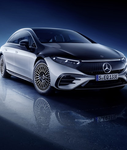 Mercedes Benz EQS.