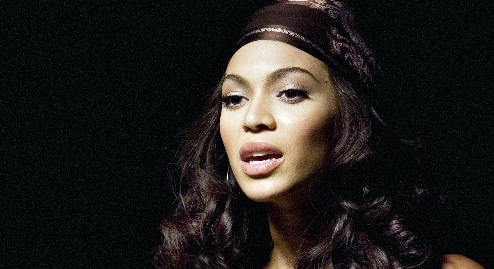 Beyoncé in 2006's Dreamgirls.