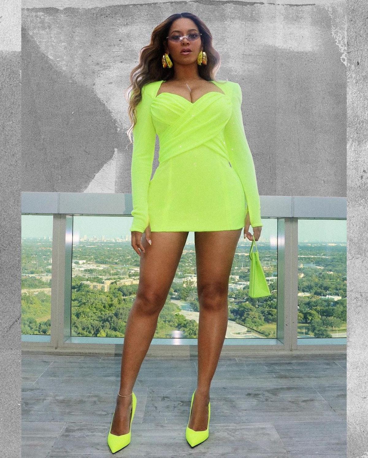 Beyoncé wearing lime green