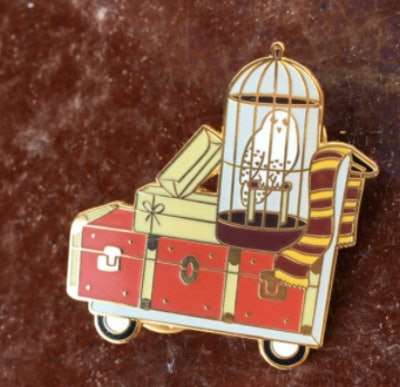 RinRinPins Harry Potter Student's Luggage Cart
