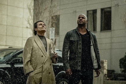 Shadow Moon on 'American God' is played by Ricky Whittle.