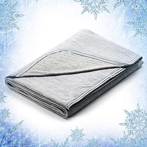 Elegear Cooling Throw Blanket