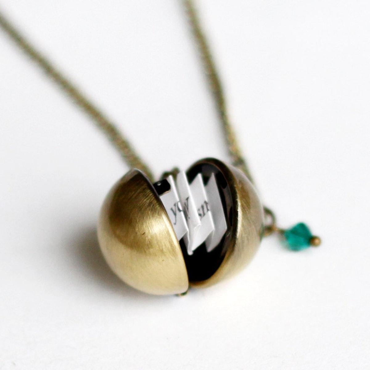 BirdsHome Secret Message Necklace