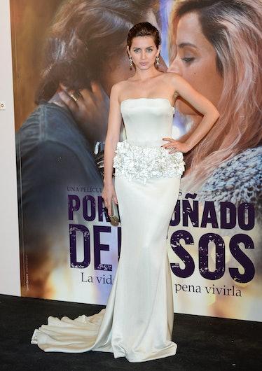 Ana de Armas attends the 'Por Un Punado de Besos' premiere
