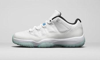 Nike Air Jordan XI Low