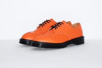Supreme x Dr. Martens 5-Eye shoe