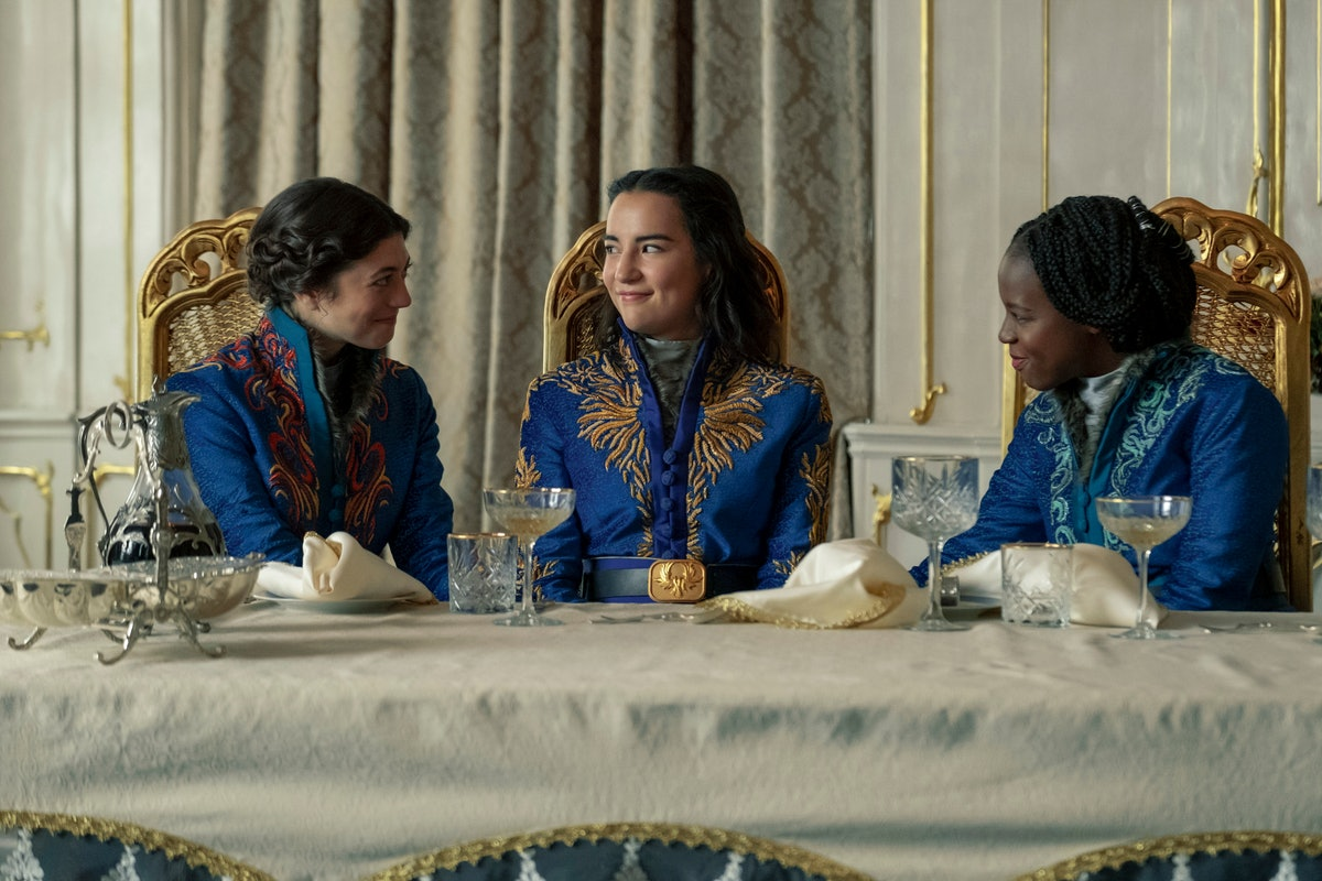 Jasmine Blackborow as Marie, Jessie Mei Li as Alina Starkov, and Gabrielle Brooks as Nadia in Shadow And Bone.