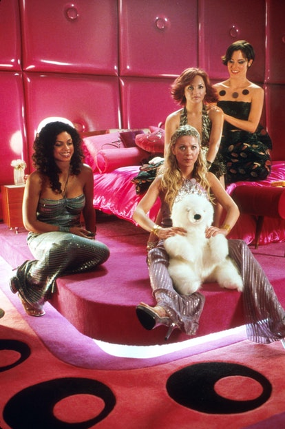 "388739 02: Actresses (left to right) Rosario Dawson stars as (Val), Tara Reid stars as (Melody), Rachael Leigh Cook stars as (Josie) and Parker Posie stars as Mega Records CEO (Fiona) in Universal Studios new film ""Josie and the Pussycats."" (Photo by Shane Harvey/Universal Studios)"