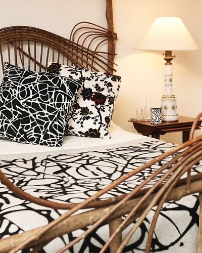 The H&M x Diane von Furstenberg collection features decor with iconic prints