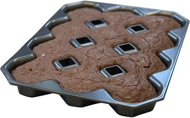 Bakelicious Crispy Corner Brownie Pan