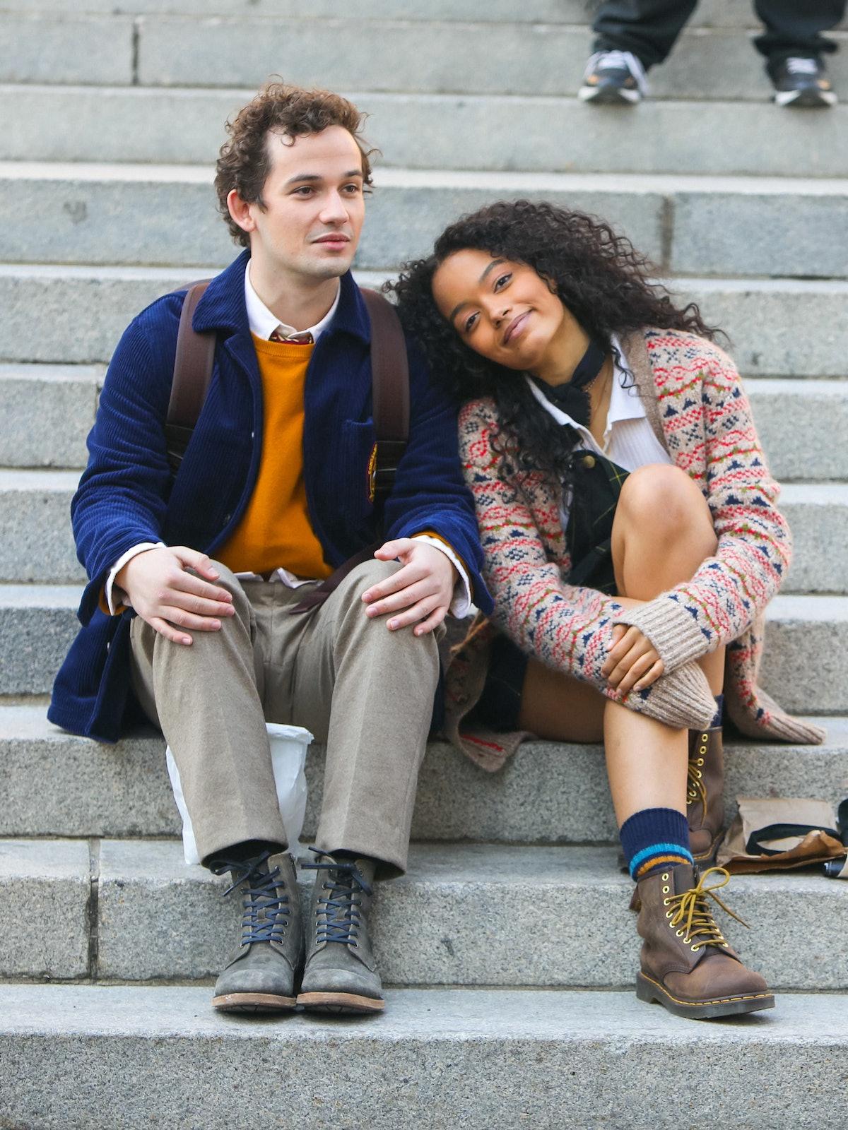 Eli Brown and Whitney Peak lookin' cute n cozy
