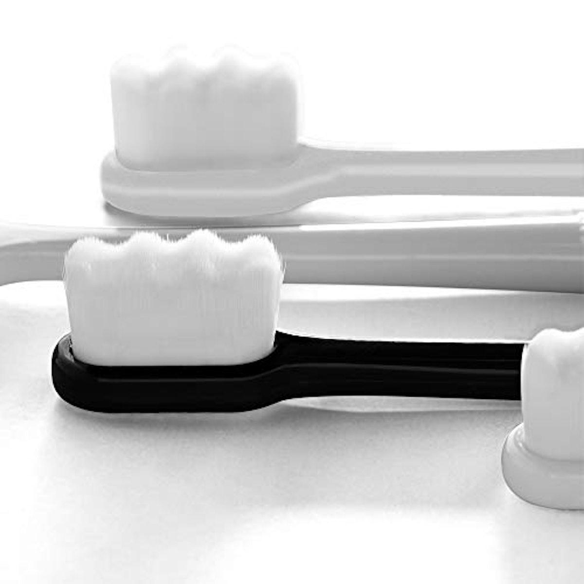 Di Qiu Ren Extra Soft Toothbrush - 2 Pcs