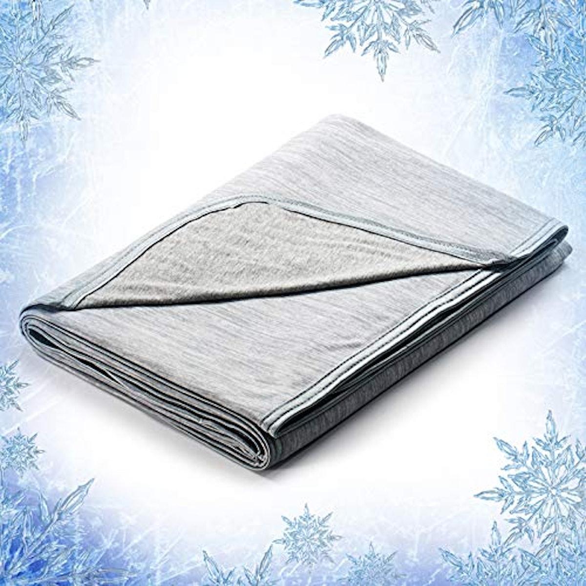 Elegear 51'' x 67'' Cooling Throw Blanket