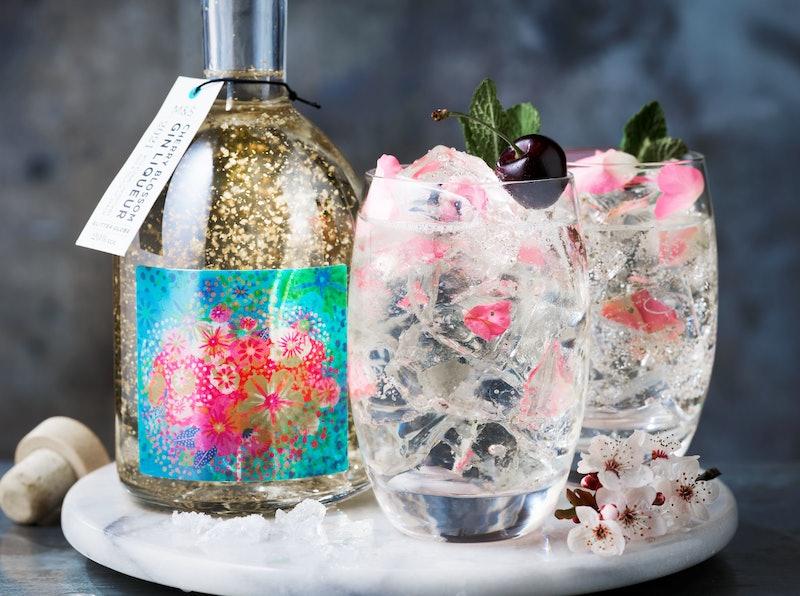 M&S Cherry Blossom Glitter Globe Gin